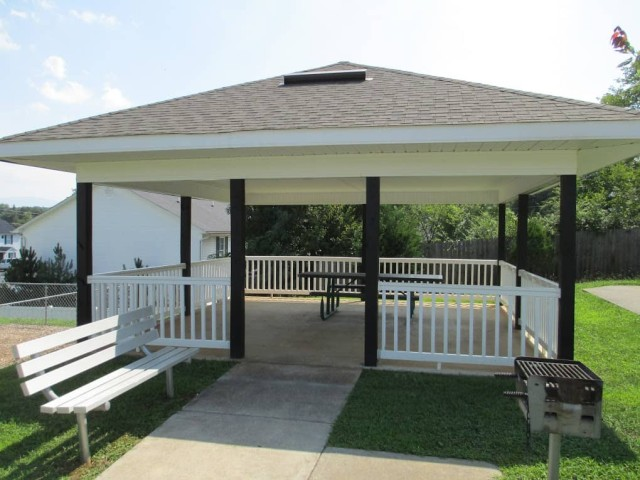 Beaver Hollow, Johnson City, Tennessee gazebo