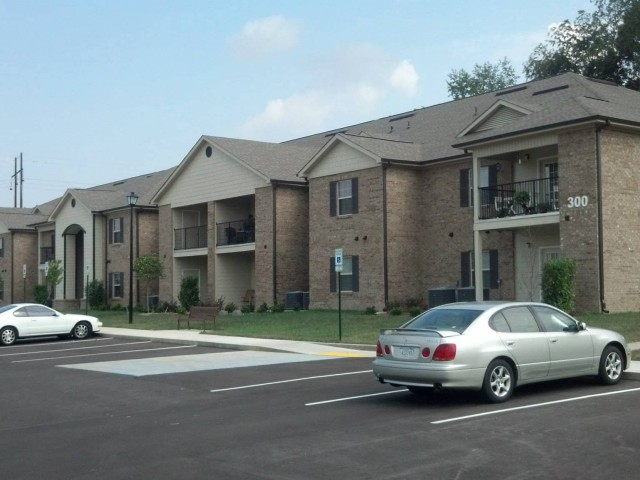 Ford Creek, Gray, TN apartment building and parking lot