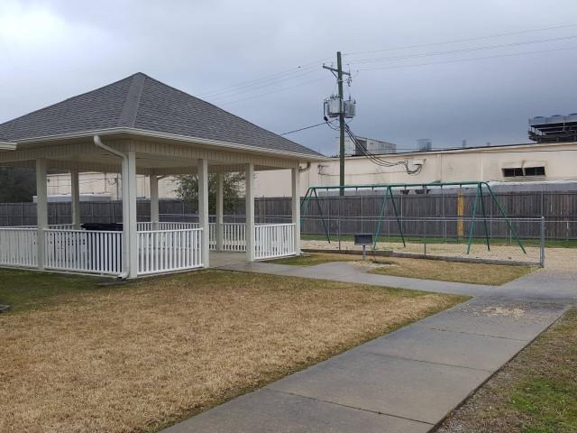 Fullerton Estates, Baton Rouge, LA gazebo