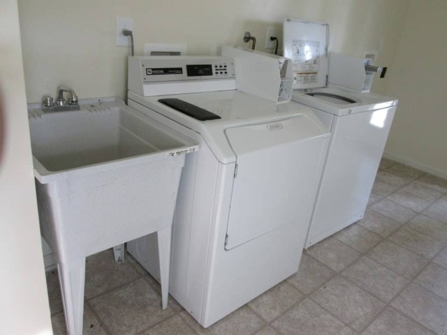 Kingsview, Kingsport, TN, laundry facility