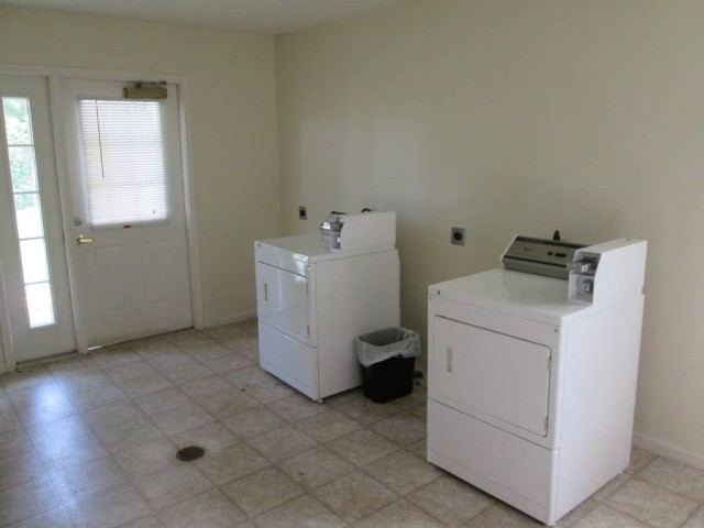 Kingsview, Kingsport, TN, laundry machines