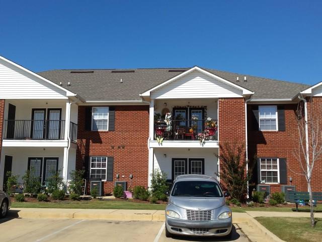Magnolia Senior, Selma, AL, Front of building view