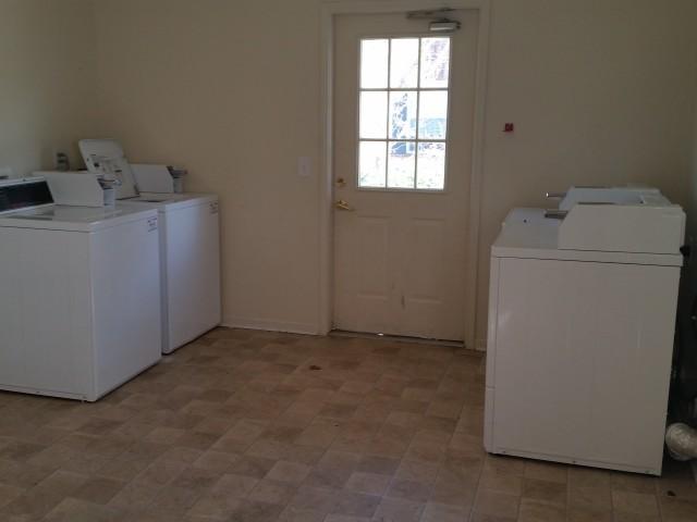 McCay's Landing II, Oneonta, AL, laundry facility