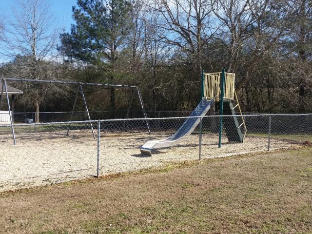 McCay Landing I, Oneonta, AL, playground