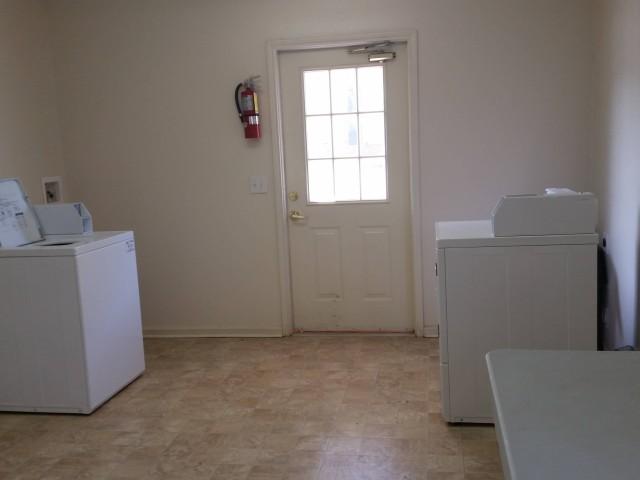 McCay Landing I, Oneonta, AL, laundry facility