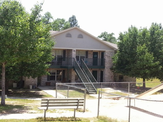 Megan Manor, Chatom, AL, building, trees and benches