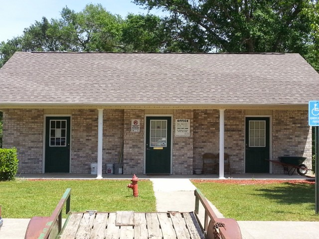 Megan Manor, Chatom, AL, office and laundry building