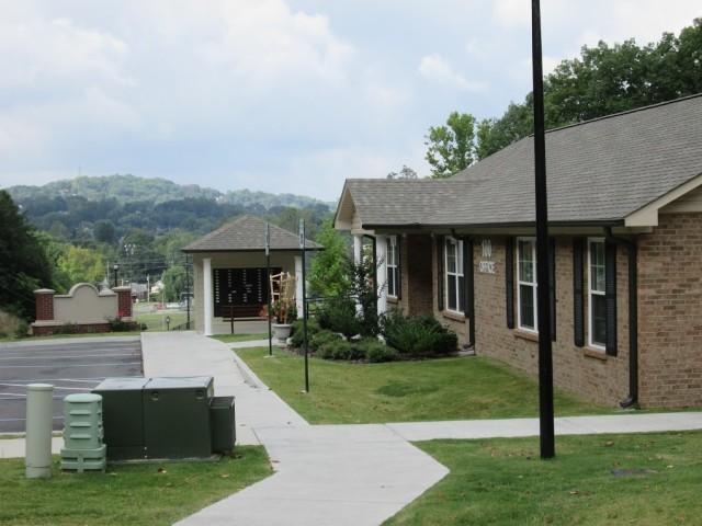 Mountain Hollow Apts, Elizabethton, TN, mail facility