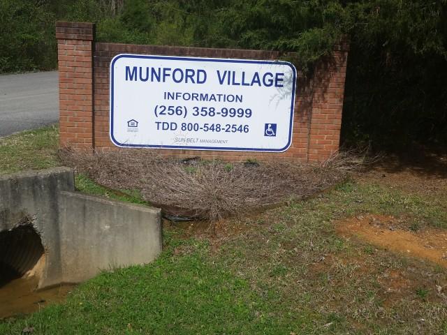 Munford Village, Munford, AL, sign