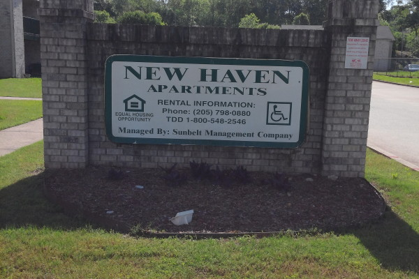 New Haven apartments, Birmingham, AL sign