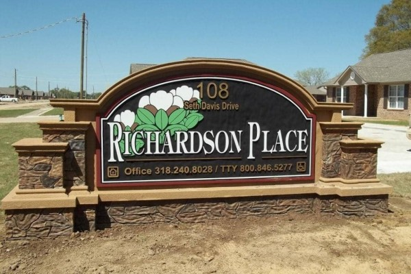 Richardson Place I, Marksville, LA, sign