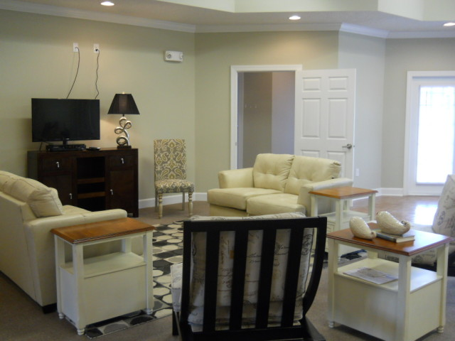 Villas of Savannah, Savannah, TN, community room comfortable seating