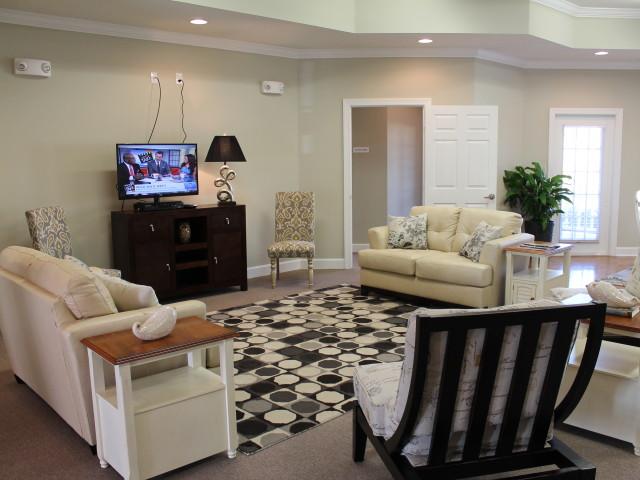 Villas of Savannah, Savannah, TN, community room comfortable seating with TV