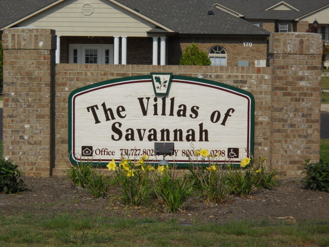 Villas of Savannah, Savannah, TN, sign