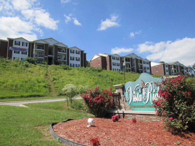 Vista Ridge, Soddy-Daisy, TN, sign and buildings on hill