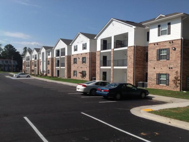 Woodland Village, Lafayette, Georgia apartment building and parking 2