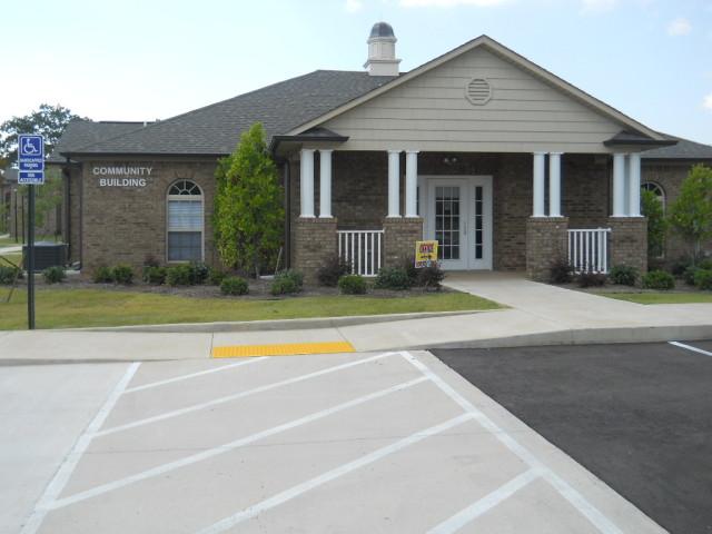 Villas of Savannah, Savannah, TN, apartment community building