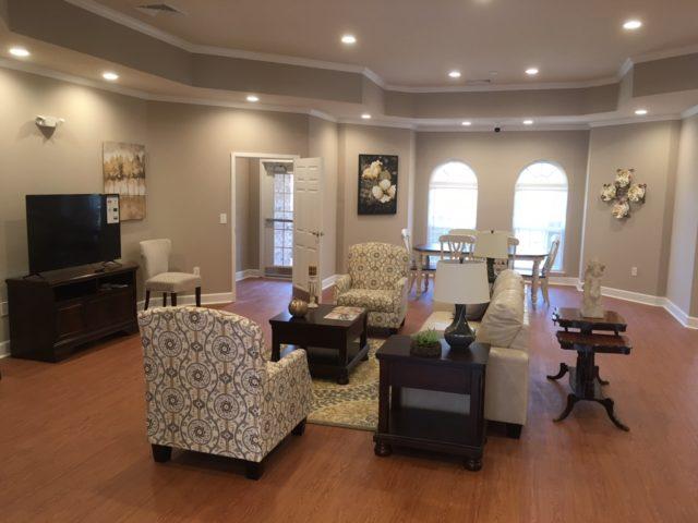 Commerce, Georgia, Mason Manor Community Room interior