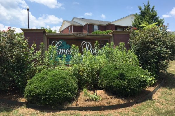 Emery Pointe, Roanoke, AL sign and landscaping