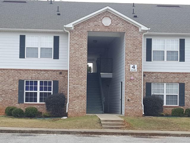 Cottonwood-Estates-Building-4-Jackson-Alabama
